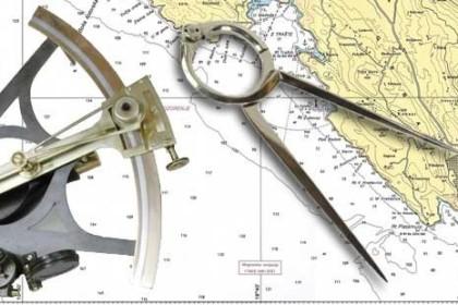 Lezioni di carteggio e preparazione all'esame di Patente Nautica.